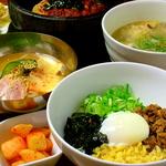 ビビンバなどサイドメニューも食べ放題OK!!