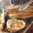 市場直送の美味しい海鮮を炭火で堪能!焼きたての魚介とお酒との相性は抜群です!