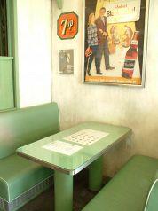 ロングボード・カフェ LONGBOARD CAFE CALIFORNIA DRIVE IN アクアシティお台場店