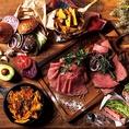 [栄]アメリカン×ハワイアン♪スパム・グルメバーガー・ローストビーフ・ステーキなどの肉料理、ヘルシーチキンコブサラダ・旬野菜のバーニャカウダー・スキレットを使ったアウトドア料理やデザートまで、みんなの好きを集めた当店自慢の絶品料理をお楽しみください♪[肉][ステーキ]