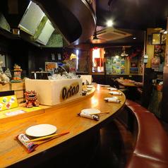 【お一人様大歓迎♪】鉄板を見ながら食事ができるカウンター席はお一人様飲みやデートにオススメです♪