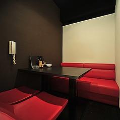【2階】 テーブル仕様の4名様向け個室