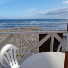 解放感を感じるテラス席★海を一望しながらのBBQ×ビールをどうぞ♪