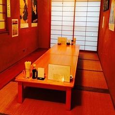 新宿 大衆酒場 牡蠣入レ時の雰囲気1