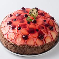 料理メニュー写真ベリーのケーキ