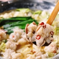 料理メニュー写真【博多名物】純国産もつ肉を使った博多もつ鍋 (醤油出汁/塩出汁/味噌出汁)