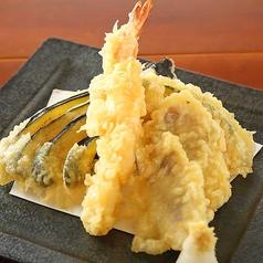 料理メニュー写真海老と鮮魚の天ぷら