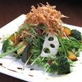 料理メニュー写真5種の根菜のカリカリサラダ