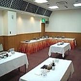 【要予約】 ホテル2階 宴会場 会場費無料!写真は、20~50名様までご利用いただける立食バイキング形式です。