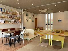 CAFE FLAT カフェ フラットの雰囲気1