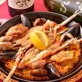 料理メニュー写真魚貝のパエリア (1人前)
