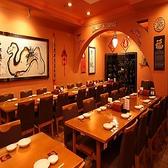 15~40名様でご利用いただける個室もご用意。まとまった人数でのご宴会や打ち上げなどにちょうどよい広さで、気兼ねなくお食事をお楽しみいただけます。