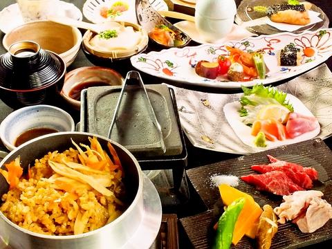 耳納連山麓の絶景 四季折々の庭園 和食と手打ちそばを堪能できる日本料理店