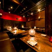 【会社宴会】シーサーがお出迎え!最大27名様の個室をご用意。他にもシーン人数に合わせたお席を多数ご用意しております。(25~30名個室×1)