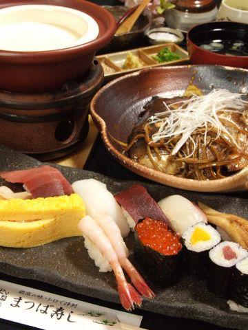 江戸前寿司と出来立て豆冨が自慢の創業50年の老舗。