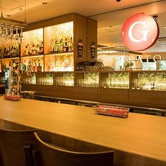 【ちょい飲み可能】お洒落なバーカウンター完備。イタリアンと一緒にお酒もお楽しみください♪