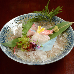 日替わり天然鮮魚のお刺身三種盛り