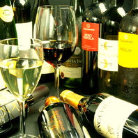 豊富な世界各国のワイン!!