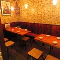 テーブルはレイアウト可能!6人席。会社帰りの宴会など様々なシーンにぴったり♪テーブルはつなげて大人数の宴会にも対応できます。
