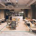 1階はブランチとレストランとしてご利用頂ける明るい作りになっております。ブライダルや二次会利用も可能です◎