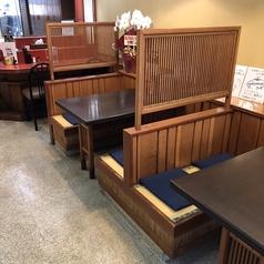 テーブル席各種ございます
