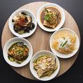 料理メニュー写真前菜の盛り合わせ 5品
