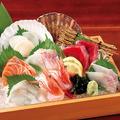 料理メニュー写真鮮魚入り 刺身7点盛合せ