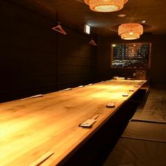 テーブルを繋いで18名様までの宴会が可能です!