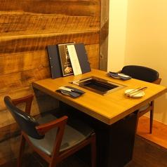 2名様用のテーブル席です