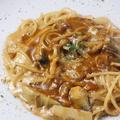 料理メニュー写真<Pasta>かつおの和風しょうがパスタ/秋ナスとキノコのデミグラスソースパスタ