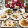 料理メニュー写真テーブル皿だしのコース料理!