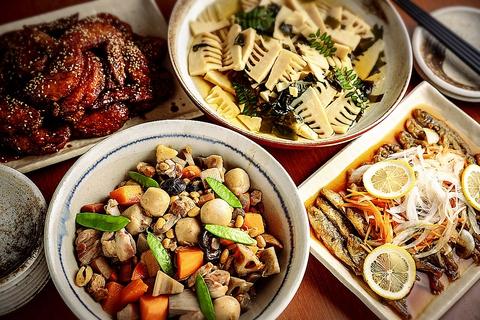 京丹波の片山商店の味噌や京乃雪本舗の豆富、半兵衛麩の生麩など京都老舗の厳選食材!