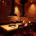 雰囲気のいいテーブル席はデートや記念日にピッタリ♪ご予約はお早めにどうぞ。