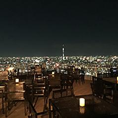どの席からでも夜景がご覧になれます。