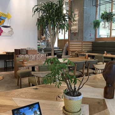 HANAO CAFE ハナオカフェ 静岡 パルコ PARCO店の雰囲気1