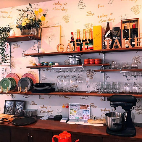 Italian Cafe & Takeout Le Ala