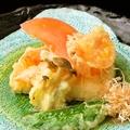 料理メニュー写真ごま豆腐とトマトの揚げ出汁