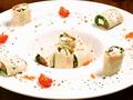 料理メニュー写真クリームチーズとトロサーモンの生湯葉巻き