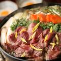 料理メニュー写真国産馬肉と京味噌すき焼き鍋
