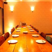 テーブル席(2F:2名~最大32名様まで収容可能)