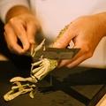 料理メニュー写真 赤の三種 マグロ(赤身・漬け・中トロ)