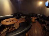 【room】大小様々なソファー席をご用意しております^ ^おしゃべりメインの2次会ならこちらがおすすめです。お気軽にお問い合わせ下さい^ ^勿論貸し切りも可能です^ ^