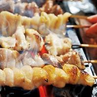 炭火で豪快に焼き上げた焼き鳥や干物や旬の素材は格別!