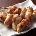 料理メニュー写真ひなトロ(塩・たれ)