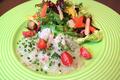料理メニュー写真明石産天然鯛のカルパッチョ