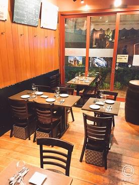 チキン&ワイン 月光食堂の雰囲気1