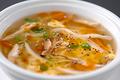 料理メニュー写真酸味と辛さの四川風スープ(2~3名様用)