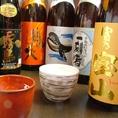 日本酒の他にも、焼酎も多数ご用意。定番のモノから希少・限定モノ、芋や麦、米やキレ・コクのある焼酎など、原料も味わいも様々な評判の良い銘酒を日本各地から厳選して取り揃えております!プレミアム飲み放題でも多数の銘柄焼酎が対象ですので、日本酒同様和食料理とともに名駅で是非ご堪能ください♪
