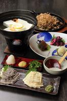 京都嵯峨野の湯豆腐は11月~京生湯葉は通年販売