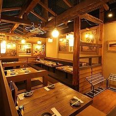 水炊き 焼鳥 とりいちず酒場 鶴見東口店の雰囲気1